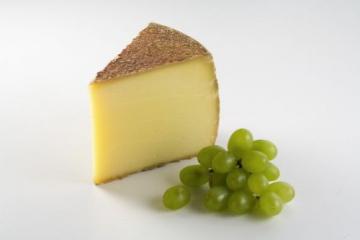 Tiroler Bauernstandl - Käse - Bergkäse würzig 1 kg - 1